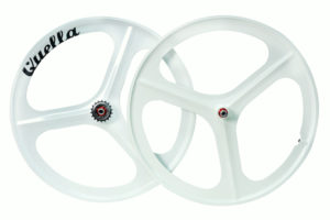 Quella 3 spoke white alloy Mag wheel sets