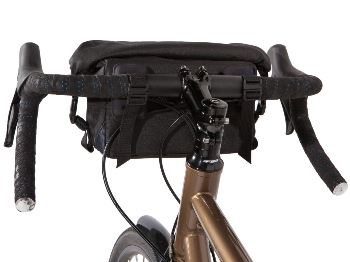 Two Wheel Gear – Mini Dayliner Handlebar Bag – Black – Handlebar mounted on front of bike